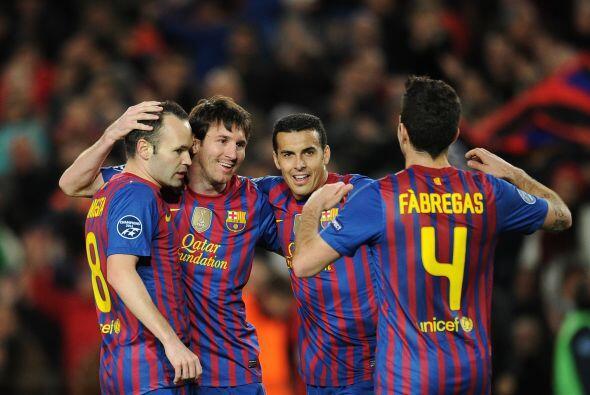 Tello hizo el cuarto. Y Messi, el quinto. Esto es una fiesta, y el Bayer...