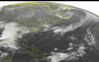 Una imagen satelital de la NOAA muestra la existencia de chubascos y tor...