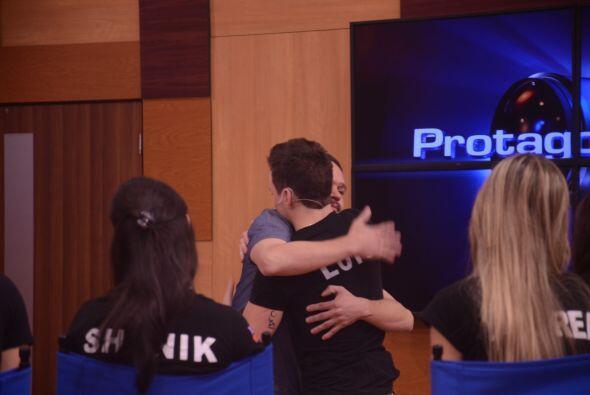 Y este fue el momento emotivo para Luis, el menor de la competencia. Se...
