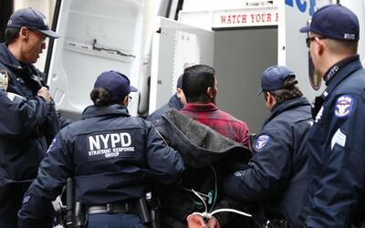 Un arresto de pandilleros en El Bronx, en abril de 2016.