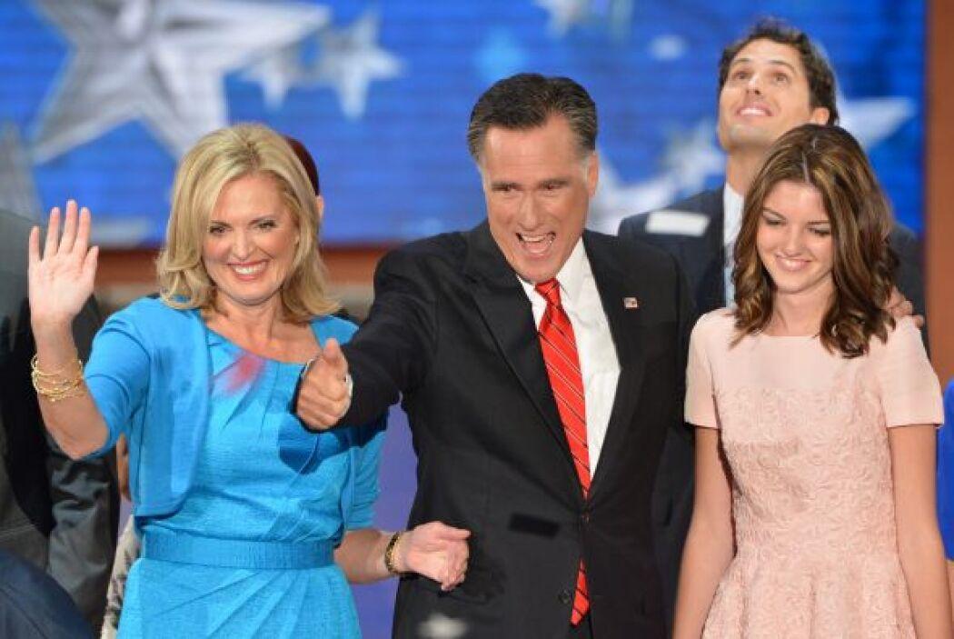 29 de agosto. El ex gobernador de Massachusetts, Mitt Romney, es nominad...