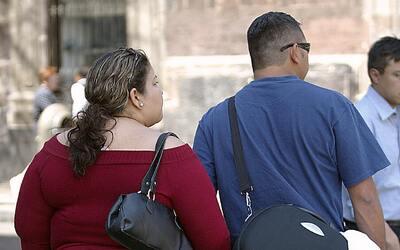 En Mexico 44 millones de personas padecen sobrepeso u obesidad, lo que s...