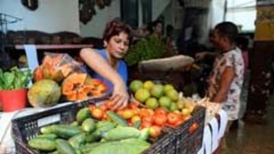 Cuba dice que EU habría invertido 2 mil millones de no existir bloqueo a...