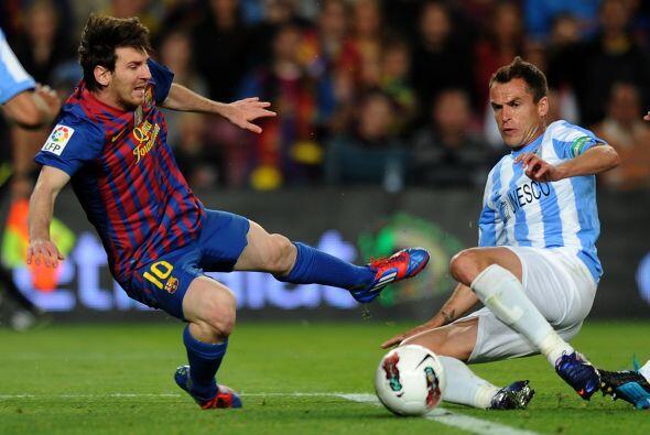 El argentino ingresó al área, cayó ante la fuerte marca y se marcó el se...