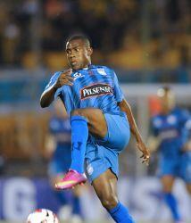 Emelec venció por 0-1 en su visita al Deportivo Quevedo y consolidó su f...