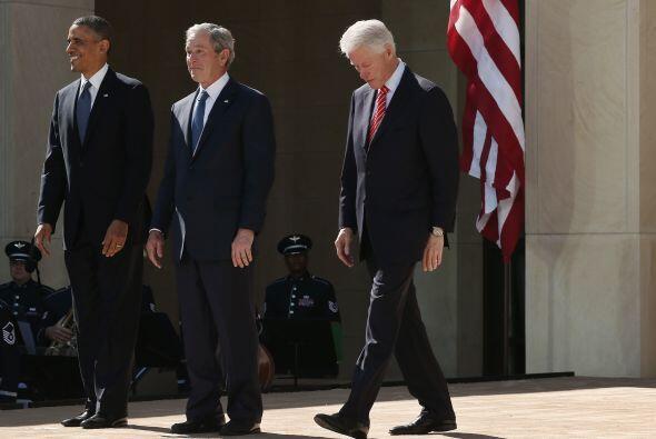 """En su discurso, Obama se refirió al """"club"""" de los expresidentes como """"un..."""