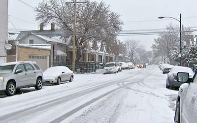 Chicago sigue esforzándose por mantener las calles en óptimas condicione...