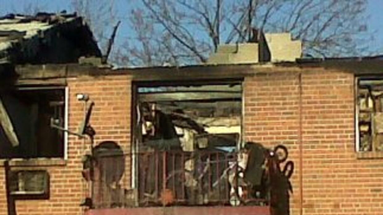 Autoridades en Chester, Pensilvania investigan un devastador incendio qu...