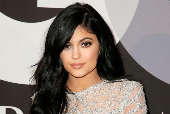 "Kylie Jenner dijo en Twitter: ""Obviamente esto ha sido muy difícil para..."