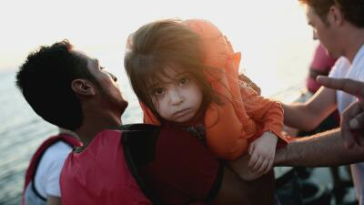 Opinión: La humanidad de migrantes y refugiados GettyImages-Migrant-Wrec...