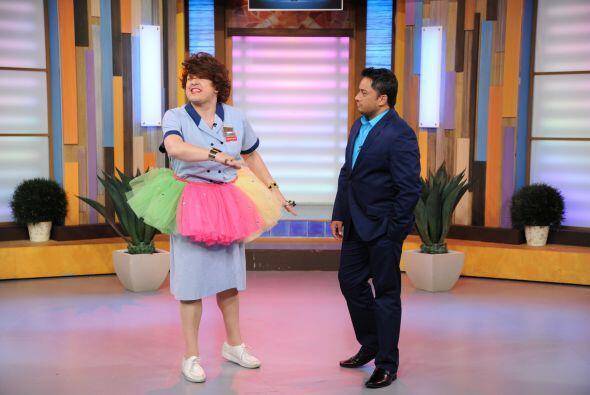 Manny llegó a Despierta América para probar su destreza en el baile.