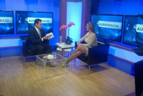 Verónica del Castillo en nuestra afiliada Noticias Univisión Chicago