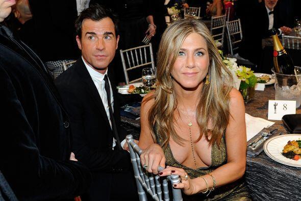 "¡Ahora entendemos todo!, con razón le salieron ""acosadores"" a la Aniston..."