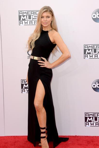 Las estrellas llegaron radiantes a los American Music Awards. ¡Señora Fe...