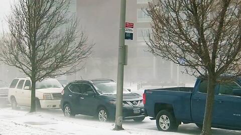 Ola de frío ártico baja drásticamente la temperatura en más de 10 estados