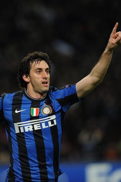 Pero Diego Milito una vez más fue el encargado de marcar en el momento m...