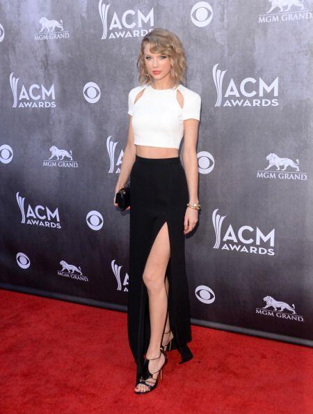 Taylor Switf siempre busca perfección y elegancia en sus 'outfits' y lo...