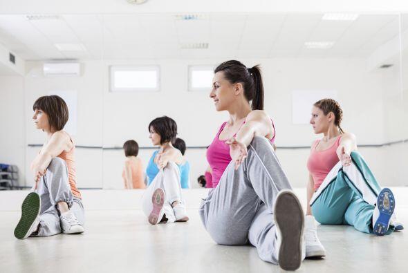 El ejercicio ayuda mucho pues reduce los niveles de cortisol, la famosa...