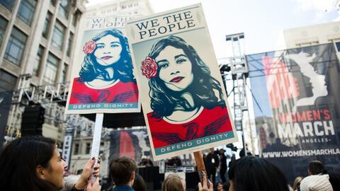 Miles de hombres se sumaron a la marcha de las mujeres para exigir sus d...