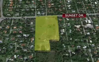 Residentes se oponen a la construcción de una escuela chárter en Sunset...
