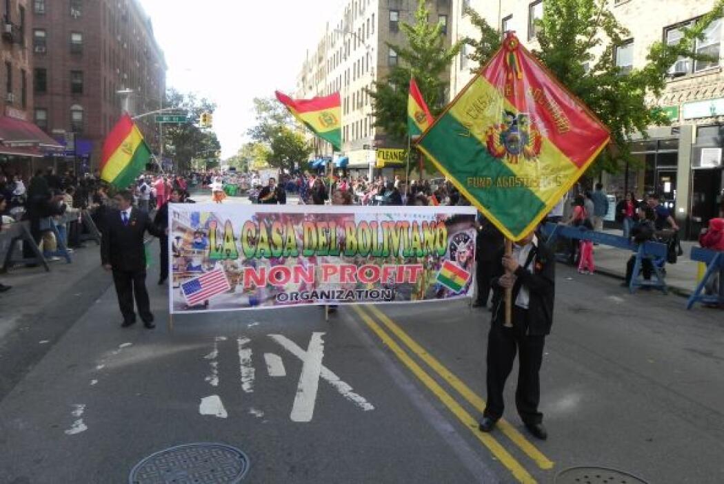 Primer desfile Boliviano de Nueva York 5c650e38656c46d68519c0b2095324c2.jpg