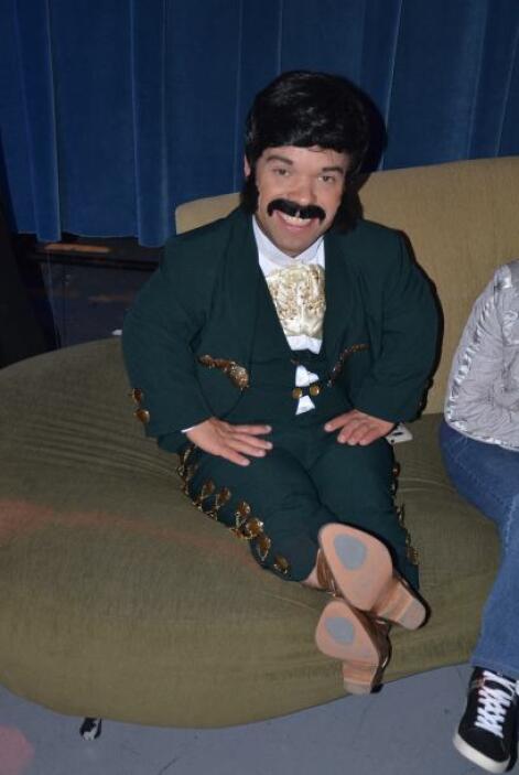 ¡El programa estuvo lleno de los ritmos mariachis! ¡Con todo y bigote!