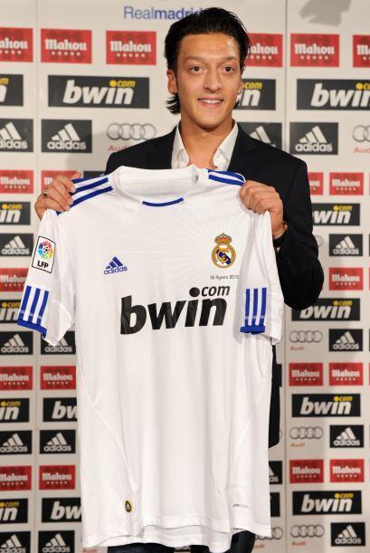 Si desde antes del torneo se le vinculaba con clubes como Barcelona y Ar...