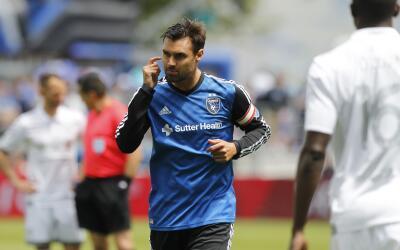 Chris Wondolowski celebra gol ante Sporting KC