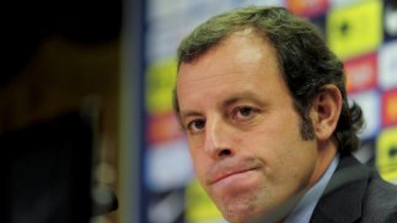 El presidente del Barcelona, Sandro Rosell, fue denunciado formalmente...