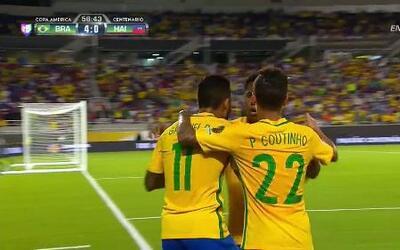 Goooolll!! Gabriel Barbosa Almeida mete el balón y marca para Brasil