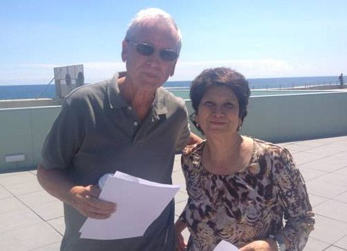 Larry Butler, padre de Aaron, y Liz Padilla, madre de Satcha.  Ambos lee...