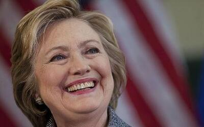 Clinton ataca con nuevo comercial recordando las propuestas de inmigraci...
