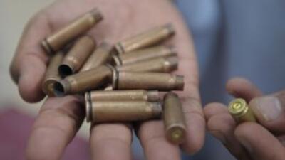 El alcalde de la ciudad de Chihuahua inauguró un stand de tiro para aque...