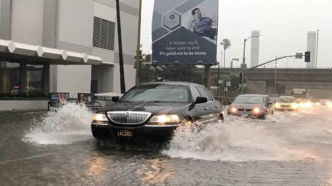 Alerta de evacuación para California por riesgo de inundaciones y desliz...