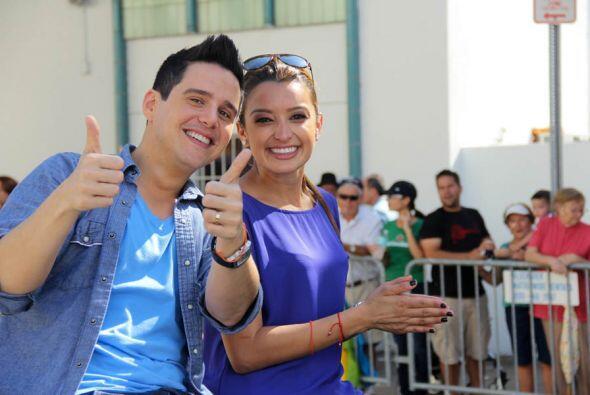 Alejandro Chaban y Antonieta Collins de Univison.