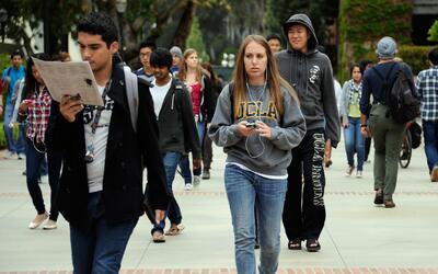 Subió la colegiatura del sistema de la Universidad de California después...