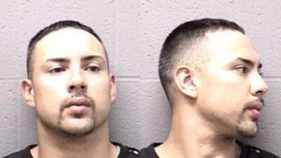 Eric Alonso, de 32 añosfue acusado por quemar a una mujer con una plan...