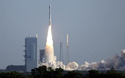 Así despegó el Atlas V que llevó al espacio a un satélite espía