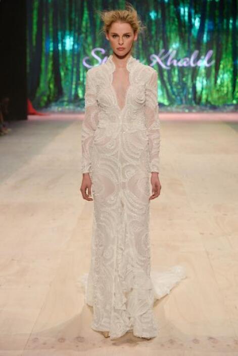 Hemos dicho que el color blanco no está vedado para las novias mayores p...