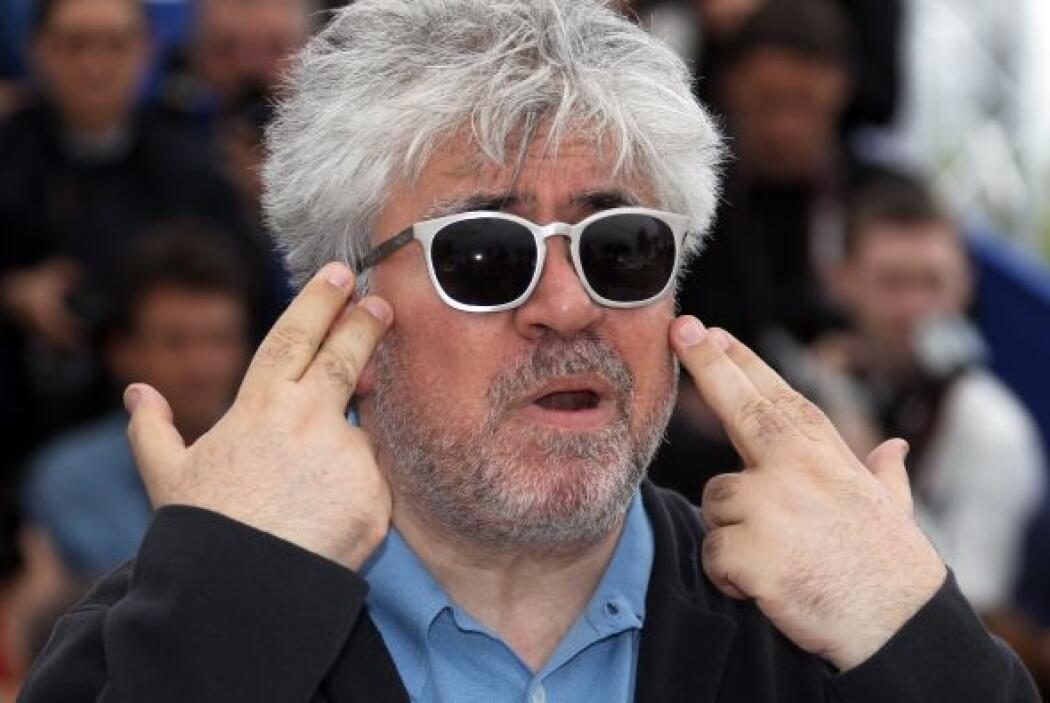 En 2009, el cineasta español Pedro Almodóvar recibió un doctorado honori...