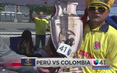 Fanáticos desbordan pasión previo al Perú vs Colombia
