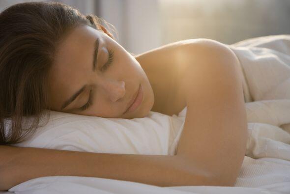 Sueño: Además de que entre más duermas, mejor aspec...