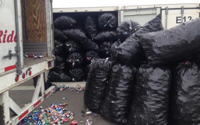 Autoridades en el sur de California incautaron aproximadamente 17 tonela...