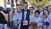 Se dan el sí acepto en el maratón de Chicago