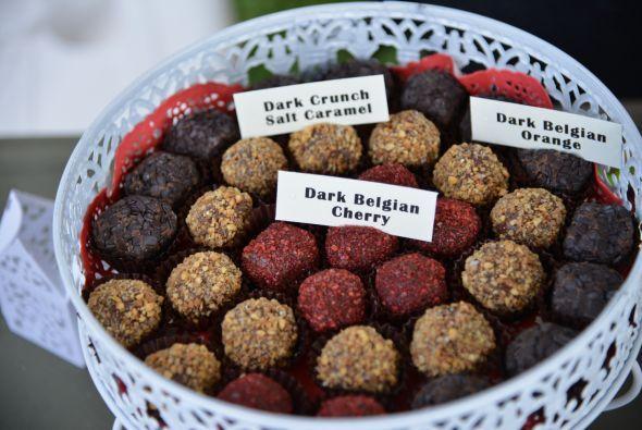 Ahora puedes encontrar una increible variedad de chocolates mezclados co...
