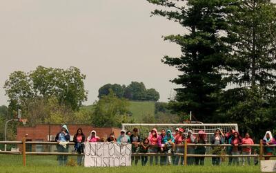 El grupo de mujeres inmigrantes en huelga de hambre en el centro de dete...