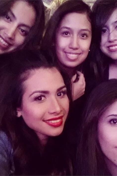 Marisela se reencontró con sus amigas de la infancia y aprovechó para to...