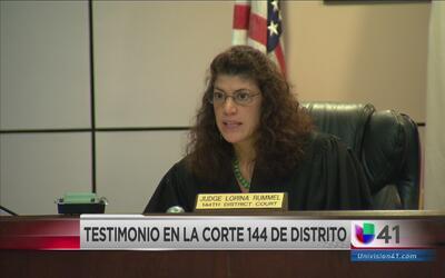 Llegó a Corte mujer acusada de golpear más de 100 veces a su hijastra