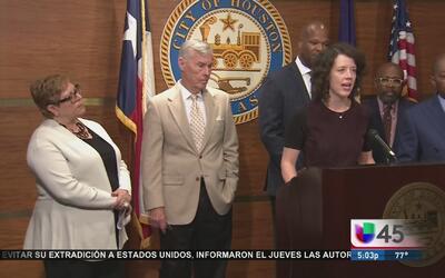 Una iniciativa busca ayudar a los indigentes de Houston a encontrar un h...