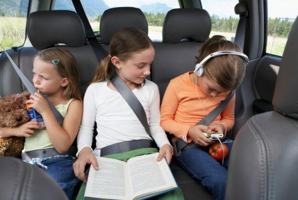 Otro consejo muy útil es dejar que los hijos mayores enseñen a los más p...